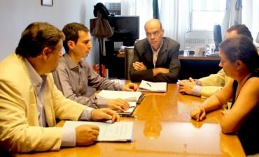 Se realizó la reunión en el Instituto de la Vivienda por el barrio Pikelado