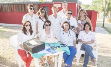 Azul: Agentes sanitarios realizan promoción de hábitos saludables en el Balneario Municipal
