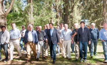 Eseverri acompañó a Sergio Massa en un encuentro con la Mesa de Enlace