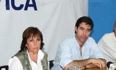 Gainza concreta lo adelantado: asesora al diputado Pérez