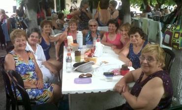 Con más de 250 abuelos continua Verano Dorado