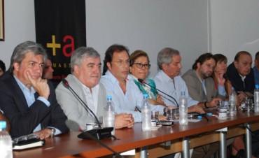 """El Frente Renovador  pide cambios en el presupuesto  y solicita sesiones extraordinarias para """"ordenar"""" la inflación"""