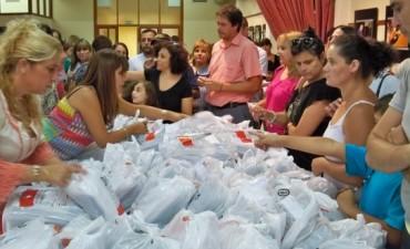 El CECO entregará más de 500 guardapolvos y kits de útiles escolares
