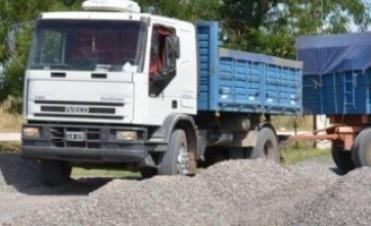 Sobrecarga de camiones . Azul inspeccionó el predio del enlace