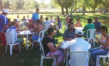 Alvear: actividades en pileta y balneario municipal