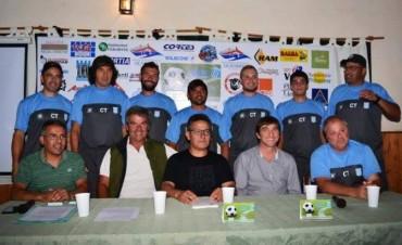 Ferro presentó su proyecto integral en fútbol