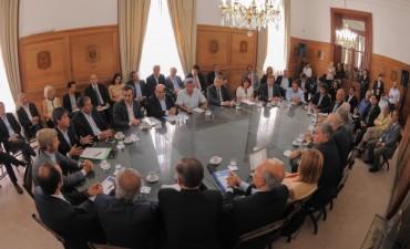 Reforma política: Duclós destacó el  'descongelamiento del diálogo'