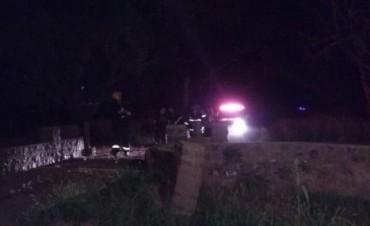Un hombre fue hallado sin vida aplastado por un árbol