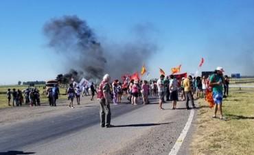 Cortes de ruta contra el cierre de FANAZUL