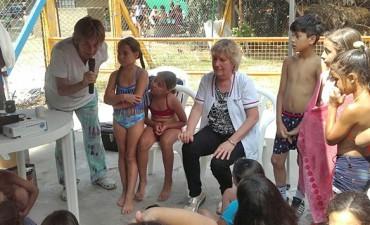 Taller sobre cuidado de la salud bucal para niños de los programas de verano