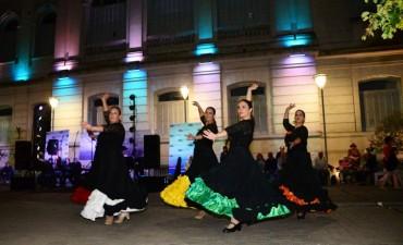 Música, danza y color en las primeras Tardecitas Culturales