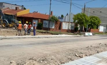 Continúa la repavimentación en San Vicente