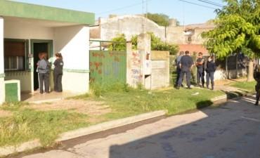 Personal Municipal y del Ejército Argentino procedió a la limpieza de un terreno en el Barrio Lujan