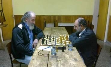 Ajedrez. Arambel y Pereyra volvieron a empatar