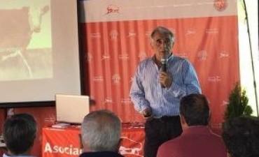 El veterinario Oscar Yurno habló de sanidad en ganadería