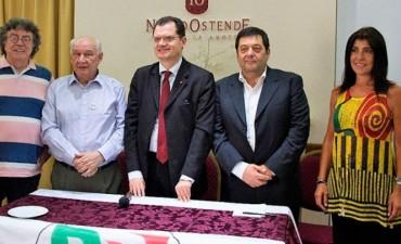 Elecciones en Italia: Alberto Vecchi candidato a diputado hablo en la radio