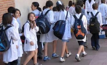 Finalmente las escuelas públicas abren sus puertas este lunes