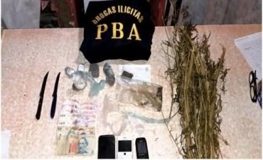 Secuestran marihuana y demoran a sospechosos en cuatro allanamientos