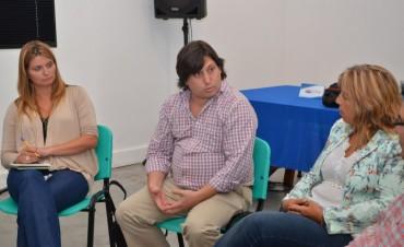 Hábitat de Nación y Comunicación de Provincia, presentan proyectos y capacitación