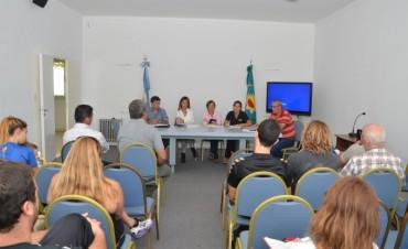 El Municipio realizó una reunión informativa con los titulares de piletas y natatorios