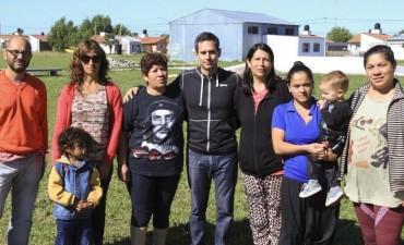 González Hueso se reunió con vecinos de Sierra Chica