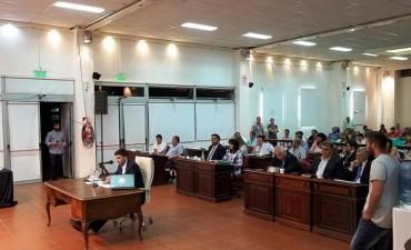 El intendente Galli responde las repreguntas de los concejales