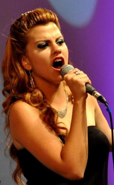 Antonella Fernández la nueva voz del Tango