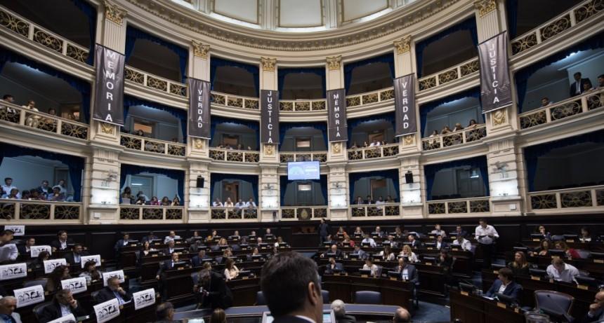 También sesionó Diputados con emergencias y el aniversario del golpe como temas