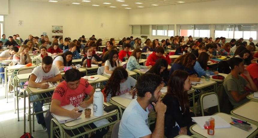 Más de 170 estudiantes comenzaron a cursar el 1º año de las carreras en Ciencias de la Salud