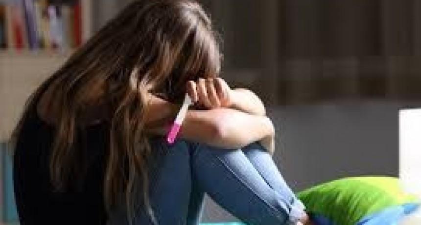 Elevada tasa de embarazo adolescente en municipios de la Provincia: piden incrementar campañas preventivas