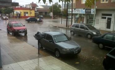 Jueves lluvioso: más de 80 milímetros sólo en la mañana