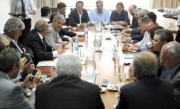 Intendentes de la región en reunión con De Vido