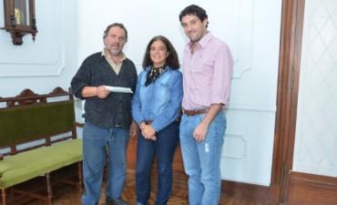 La Jefa de Gabinete entregó un subsidio al Club El Fortín