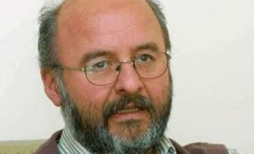 Julian Abad , coordinador de las políticas de electrificación rural