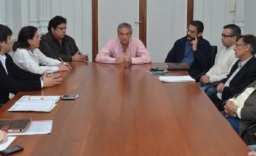 Eseverri encabezó la primera reunión de paritarias municipales