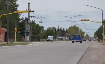 Ya funcionan los nuevos semáforos en Autopista Fortabat