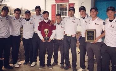 Golf: estar en el equipo universitario requiere mucho esfuerzo