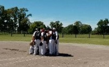 Softbol: Estudiantes sigue ganando