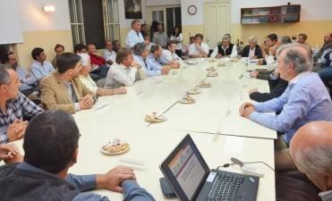 Galli participó de un encuentro entre autoridades del INTA e intendentes de la región