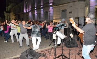 """Exitosa convocatoria en el festejo del """"Día de la Zamba"""""""