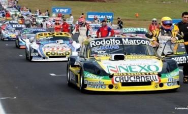 La grilla de los 500 Kilómetros de Olavarría con el Gurí Martínez en carrera