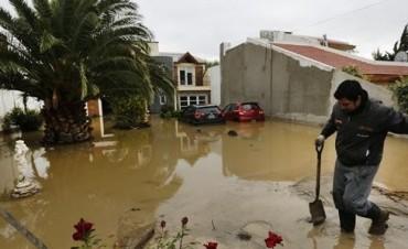 Comodoro Rivadavia: ya cedieron las lluvias pero se viven escenas dramáticas