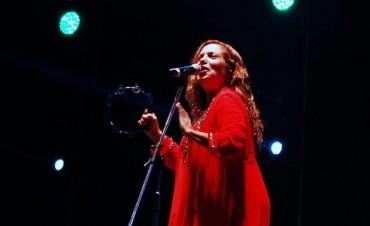 Sandra Mihanovich presenta 40 años de música en Olavarría