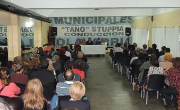 Con eje en la nueva negociación paritaria, hubo asamblea en el Sindicato de Municipales
