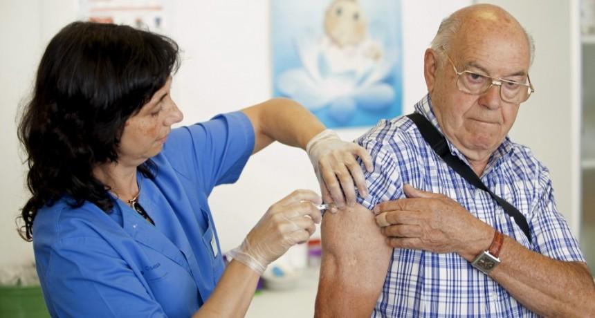 Comienza la vacunación de PAMI en la farmacia Ceco