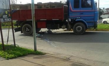 Camión arrolló a una embarazada
