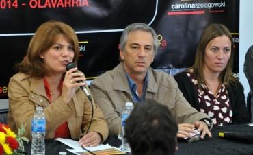 """Szelagowski y Eseverri en el """"Primer Encuentro de Mujeres en +A"""""""