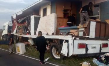 Accidente en ruta 51 entre Alvear y Tapalqué: se rozaron dos camiones