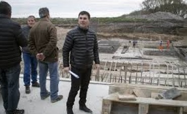 La gobernadora inauguró la presa La Isidora
