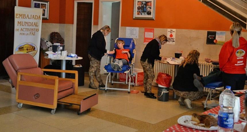 Donantes voluntarios participaron de una nueva colecta externa de sangre